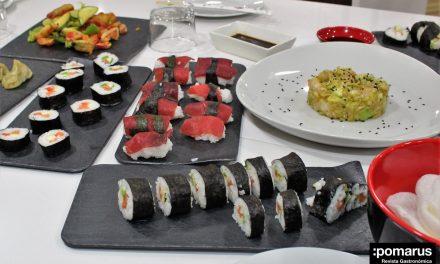 Divertida experiencia en el curso de iniciación a la cocina japonesa