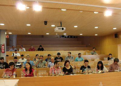 Asistentes a la cata en el CCT Murcia