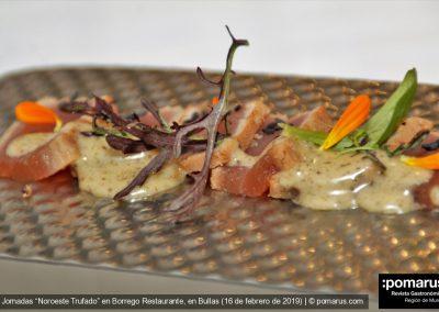 Tataki de atún con bearnesa de trufa