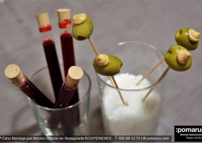 Cocktail de bienvenida: Vermú + aceituna