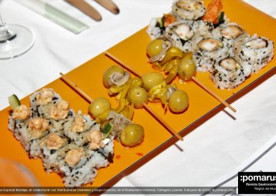 Gildas / Sushi de salmón picantito / Sushi de gamba en tempura