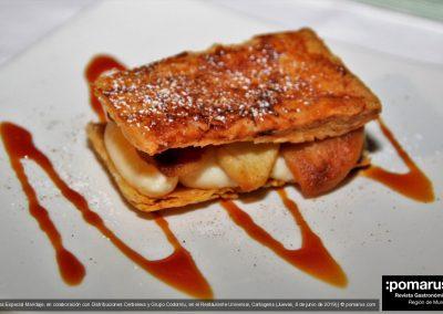 Milhojas de crema con manzana caramelizada