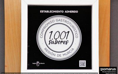 """Se entregan las primeras placas """"Compromiso Gastroturístico 1.001 Sabores Región de Murcia"""" en el CCT, Murcia"""